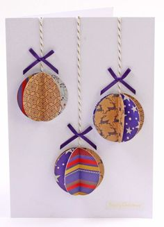 How to Make a Christmas Bauble Card #Christmas #Papercraft