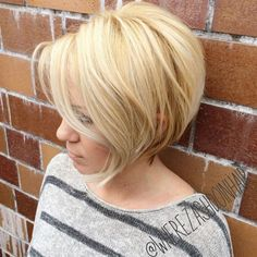 Blonde Rounded Bob For Thin Hair