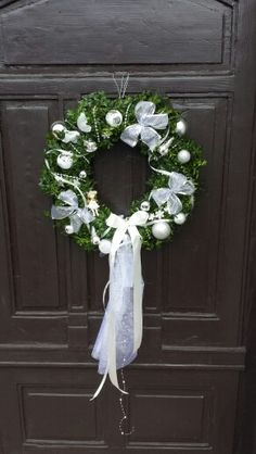 Christmas wreath, hand made, white/green