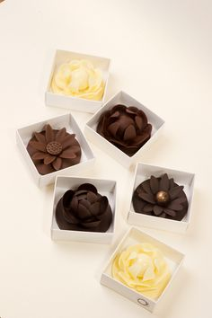 Sisko chocolate flowers