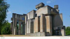 me9072035-wotruba-church-vienna-austria-unconventional-futuristic-a0138.jpg (1920×1080)