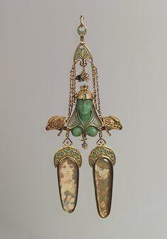 http://www.metmuseum.org/toah/images/h2/h2_2003.560.jpg