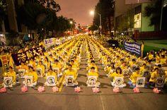 Los Angeles: Candlelight Vigil Mourns Victims of 16-Year Persecution | Falun Dafa - Minghui.org