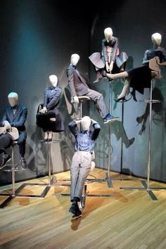 Female and male mannequin poses