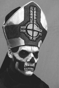Papa Emeritus II ♥
