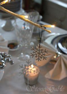 StoneGable: Bethlehem Christmas Tablescape