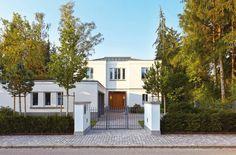 """Moderne Stadtvilla – Klassische Variante (Foto: """"Häuser des Jahres"""", Callwey)"""