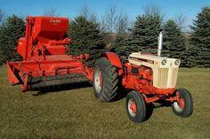 CASE 730 Wheatland & CASE 400 Pull Type Combine
