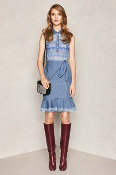 Diane von Furstenberg - Pre-Fall 2015 - Look 17 of 23?url=http://www.style.com/slideshows/fashion-shows/pre-fall-2015/diane-von-furstenberg/collection/17