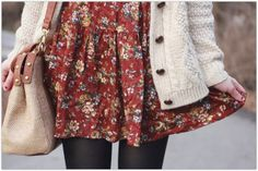 Autumn Fashion - You can still wear dresses in the cold! Pretty Outfits, Cute Outfits, Look Fashion, Womens Fashion, Dress Fashion, Cardigan Fashion, Floral Fashion, Rocker, Mode Inspiration