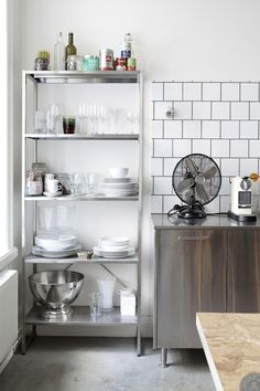 IKEA Hyllis is a cool shelving unit that can be used in many modern spaces. Lets see how to rock it indoors and outdoors. Kitchen Cabinet Design, Kitchen Shelves, Kitchen Interior, New Kitchen, Open Shelves, Apartment Kitchen, Decoration Inspiration, Interior Inspiration, Interior Ideas