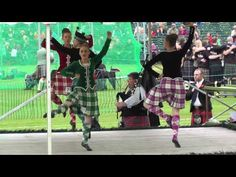 Braemar Games 2014 - Hulachan dance - with Marielle Lesperance (Ontario - current adult world champion) - Kaylee Finnegan (California) and Kendall Lisa Reid (n°77 wearing NZ outfit and dancing in her own NZ Style).