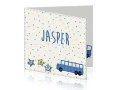 Geboortekaartje voor een jongen met auto bus en confetti