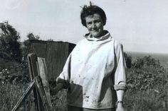 Joan Eardley ( 1921 - Summer Grasses and Barley on the Clifftop The Wave Seascape . Tamara Lempicka, Francoise Gilot, Social Realism, Glasgow School Of Art, Art Studios, Artist At Work, The Dreamers, Illustration Art, Influential People