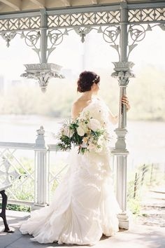 Jen Huang Workshop Botanical Chic Bride At The Ladies Pavilion Central Park… Pavilion Wedding, Chapel Wedding, Ivory Wedding, Wedding Gowns, Luxury Wedding, Boho Wedding, Wedding Bouquets, Bridal Gowns, Rustic Wedding