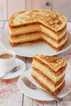 Almás-vaníliakrémes rakott palacsinta recept Fun Cooking, Cooking Recipes, Sweet Recipes, Cake Recipes, Pancake Dessert, Tasty, Yummy Food, Hungarian Recipes, Sweet Pie