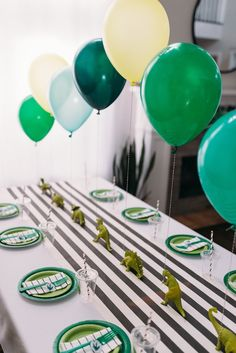 Modern dinosaur birthday party - modern dinosaur party table from a . - Modern Dinosaur Birthday Party – Modern Dinosaur Party Table from a Modern Dinosaur Birthday Party - Birthday Party Tables, 4th Birthday Parties, Birthday Party Decorations, Party Themes, Birthday Ideas, Card Birthday, Birthday Greetings, Dinosaur Decorations, Happy Birthday