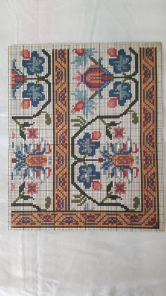 This Pin was discovered by Sed Cross Stitch Borders, Cross Stitch Charts, Cross Stitch Designs, Cross Stitch Embroidery, Embroidery Patterns, Cross Stitch Patterns, Tapete Floral, Knitting Charts, Diy Projects To Try