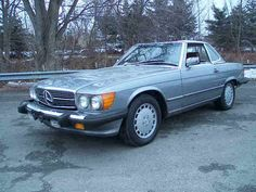 Mercedes Benz W107 560SL 1987  When I retire, this will be my car :)