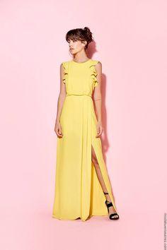 Moda casual primavera verano 2019 new Ideas Looks Hippie, Casual Dresses, Summer Dresses, Yellow Dress, Fashion Outfits, Womens Fashion, Refashion, Formal, Party Dress