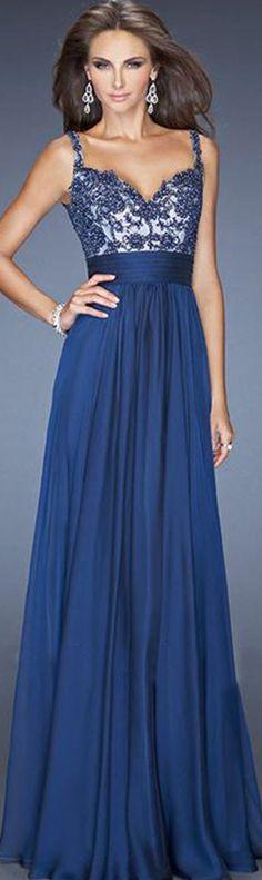 e361fe63de Floor-length Sleeveless Zipper Shoulder Straps A-line Bridesmaid Dresses  Atemberaubende Kleider, Schöne