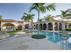 Pool And Fountain Spa In Naples Naples Florida Outdoor