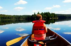 Child in canoe. Young girl in canoe paddling on a scenic lake , Mountain Club, Camping World, Rv Camping, Camping Trailers, Ski Vacation, Camping With Kids, Romantic Couples, Lake Tahoe, Water Sports