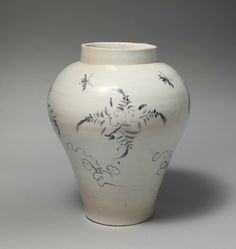 Jar with decoration of flowers and insects, Joseon dynasty (1392–1910), mid-18th century. Korea. Porcelain with underglaze cobalt-blue design; H. 13 1/2 in. (34.3 cm); Diam. 11 3/8 in. (28.9 cm); Diam. of base: 5 1/2 in. (14 cm); Diam. of rim: 5 5/8 in. (14.3 cm). The Metropolitan Museum of Art, New York, Purchase, Parnassus Foundation/Jane and Raphael Bernstein Gift, and Diane Carol Brandt Gift, 2005 (2005.406) © 2000–2015 The Metropolitan Museum of Art.