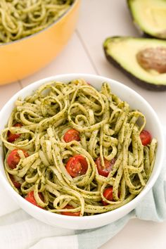 Avocado Pesto Lingui