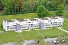 Wir vermieten in Aarau an der General-Guisan-Str. 44  eine 1-Zi-Wohnung mit Balkon im 1. OG Mansions, House Styles, Home Decor, Real Estates, Balcony, Homes, Decoration Home, Manor Houses, Room Decor