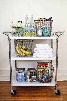 This: A Guest Room Cart Create a fun cart for overnight guests with snacks and extra toiletries! via Create a fun cart for overnight guests with snacks and extra toiletries! Vintage Bar Carts, Diy Home, Home Decor, Bar Cart Decor, Beautiful Mess, Beautiful Pictures, Guest Bedrooms, Cottage Bedrooms, Country Bedrooms