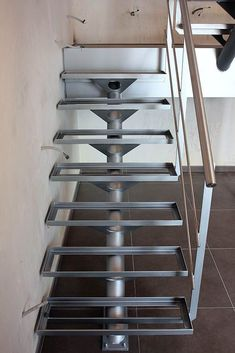 Wooden stairs outdoor modern Ideas for 2019 Staircase Outdoor, Staircase Handrail, House Staircase, Iron Staircase, Wrought Iron Stairs, Home Stairs Design, Stair Railing Design, Steel Stairs Design, Exterior Stairs