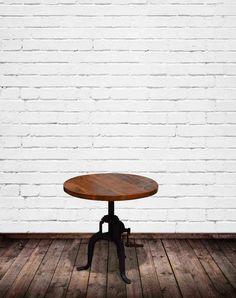 Rustikt cafébord i råt look fra OBUZI | Cafémøbler