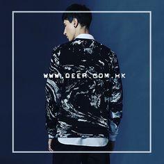 水彩印花男士衛衣,采用獨特的衣服圖案,具有歐美風格元素。黑白搭配,盡顯男孩的酷酷的樣子,內搭白色襯衫,給圓領的衛衣,起到一個很好的裝飾,不顯脖子處空空的,具有時尚都市風格,同時也符合了青年人穿著搭配風格。  Deer Official Online Store : http://www.deer.com.hk  圖中產品:水彩圍衣 顏色: Black / White 尺碼: S-XXL 價錢:HKD$379 購買網址:http://www.deer.com.hk/products/ink-splashes-sweater  #deerupyourlife #watercolor #sweater #blacknwhite  #inspirit #pop #koreanidols #hairdresser #hairstylist #daner #asianstars #menclothing #asianclothing #koreafashion #asianmusic #asianboys #koreanmen #asianmen #kfashion