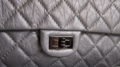 (New) CHANEL 2.55 Reissue Grey Silver Sz Medium #17 Size: 28 x 15 x 9cm