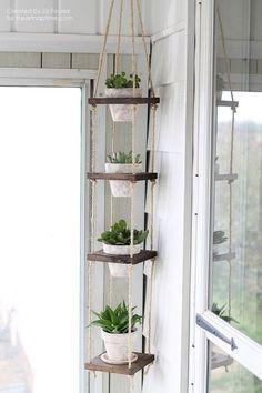 DIY Vertical Plant Hanger on http://iheartnaptime.com