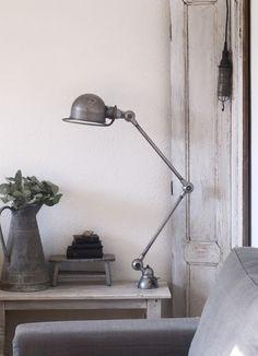 Jieldé lamp - feel of tobacco barn bedrooms