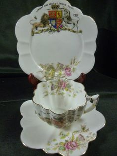WILEMAN SHELLEY TEA CUP AND SAUCER trio COMMEMORATIVE 60 Y. REIGN QUEEN VICTORIA