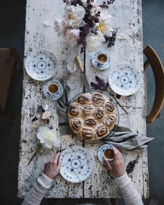We are so excited to share the recipe for these very delicious gluten free cinnamon buns with you on the blog tomorrow  We teamed up with @royalcopenhagen for this post so in love with this gorgeous tableware  #royalcopenhagen #sponsored #ourfoodstoriesstudio  ____ #vscocam #vscofood #vscoedit #vscogood #inmykitchen #cinnamonbuns #glutenfreecinnamonbuns #thatsdarling #darlingweekend #verilymoment #fellowmag #gatheringslikethese #morningslikethese #photographer #foodstylist #foodblogger…