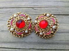 Antique gold pearl and red glass stone by Treasuresforallcheap