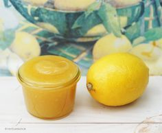 »Herr Grün, diese Zitronencrème schmeckt köstlich. Was sagten Sie? Wie nennen sie die Engländer?« Caprese leckte den Löffel ab und wollte ihn gerade wied