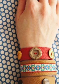 DIY leather bracelets... Would love to do this with studs / rhinestones!