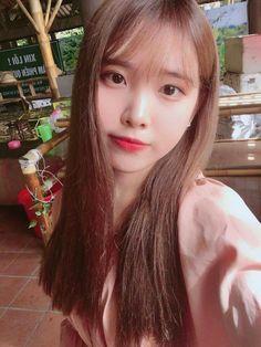 Sweet Girls, Cute Girls, Korean Girl, Asian Girl, Female Character Inspiration, Iu Fashion, Beautiful Morning, Ulzzang Girl, Korean Singer