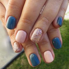 52 Beautiful Pink Nail Designs That Are Suitable for The Winter of 2019 Lovely Nails lovely nails quakertown hours Nail Design Glitter, Pink Nail Designs, Nails Design, Shellac Nail Designs, Salon Design, Rose Gold Glitter Nails, Shellac Nail Colors, Glitter Accent Nails, Nail Polishes