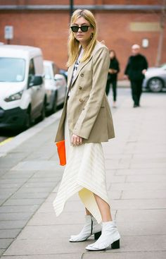 ugly khaki color trend, street style