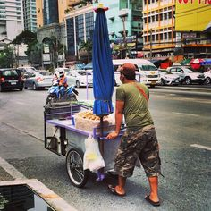 Street food on the move in Bangkok! Thailand