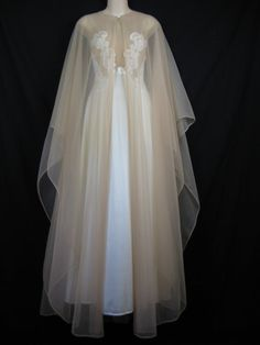 lace peignoir set 1970's white lace wedding by cricketcapers, $65.00