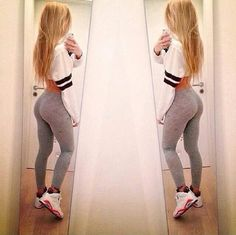 Yoga pants and leggings on the most beautiful girls. Tomboy Fashion, Fashion Killa, Dope Fashion, Japan Fashion, Street Fashion, Dope Outfits, Casual Outfits, Pretty Girl Swag, Moda Fitness