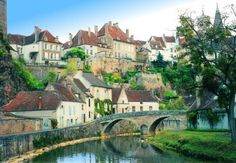 To taste the wines and cheeses of Burgundy, France