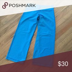Lululemon Cropped pants No tag but the measurements are consistent with size 10/L.           (57) lululemon athletica Pants